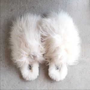 UGG Shoes - UGG Fluff Momma White Mongolian Fur Clog Slippers